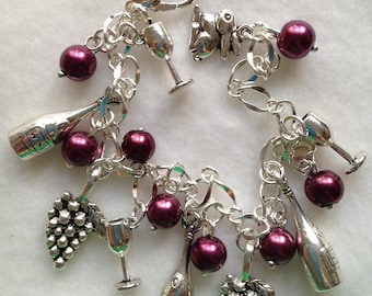 FREE Ship!  Wine Charm Bracelet. Wine Lover, Wine Enthusiast. Wino, BC 03