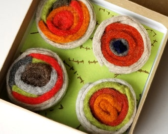 Wool felt magnets in gift box