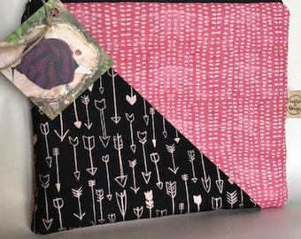 Medium Makeup Bag/ Cosmetic Bag/ Toiletry Bag/ Art Bag/ Zipper Pouch/ Fully Lined/ Stocking stuffer/ Pencil Case
