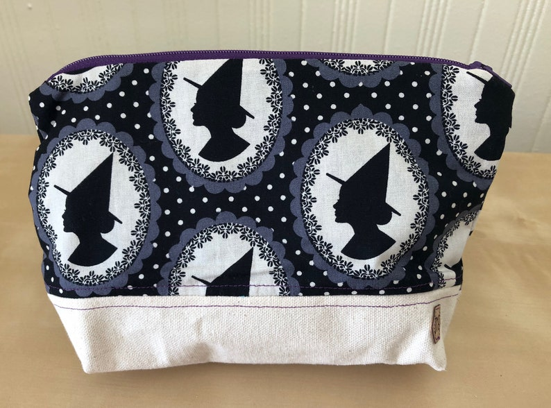 Witchy Zipper Bag