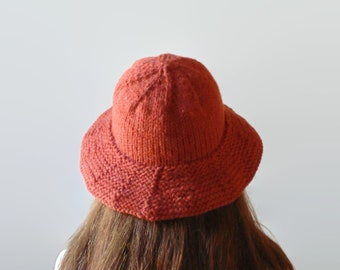 Women's Chunky Knitted Bucket Hat in Vermillion Red Soft Wool Blend, Cloche Hat