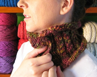 Fall Colors Cables Scarflette, Buttoned Cowl, Womens Neck Warmer, Manos del Uruguay Wool