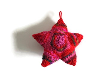 Red Pink Wool Hand Knit Star Pillow Mobile, Christmas Ornament, Twinkle Stuffed Plushie Small Cute Home Decor, One of a Kind, Gifts Under 25
