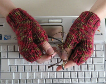 Fingerless Gloves Knitted in Variegated Red Wool - Winter, Hand Knit Womens Basic Mittens, Hand Warmers, Marl Mitts, Winter Accessories