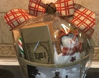 Winter/Christmas Gift Basket from Moeggenborg Sugar Bush