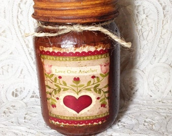 Grungy Jar Candle - Love One Another - pint
