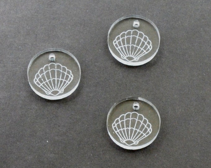 CLEAR SEASHELL - Circle Disc Charm - Clear Laser Cut Acrylic