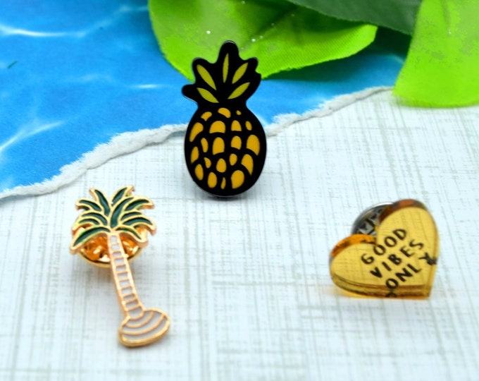 "Good Tropical Vibes - Enamel Pin Set - Palm Tree - Pineapple - ""Good Vibes"" Heart - 3 Pins"