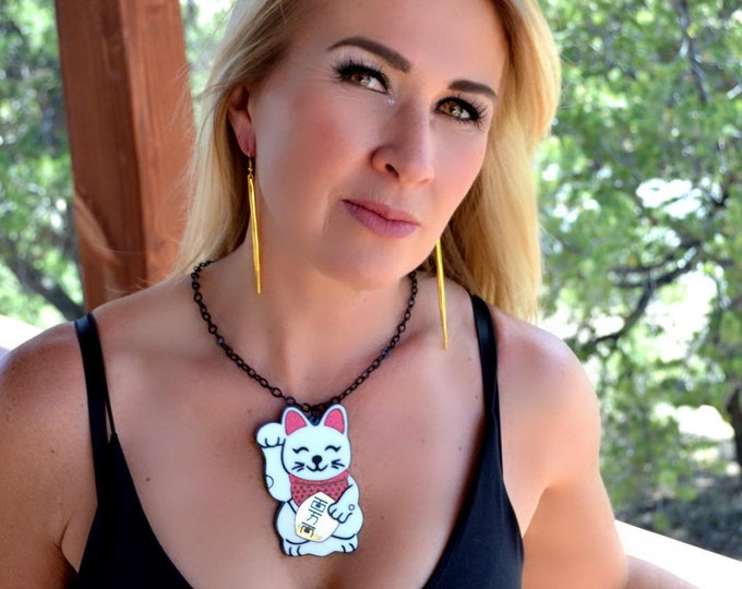 LUCKY CAT - Maneki-neko - Japanese - Laser Cut Acrylic Necklace