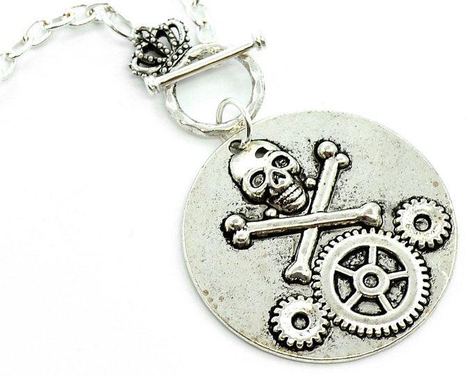 Steampunk Skull - Toggle Style Necklace