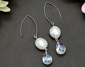 Blanc Crystal Teardrops Earrings