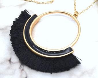 MODERN FRINGE BLACK - Black Fringe Necklace