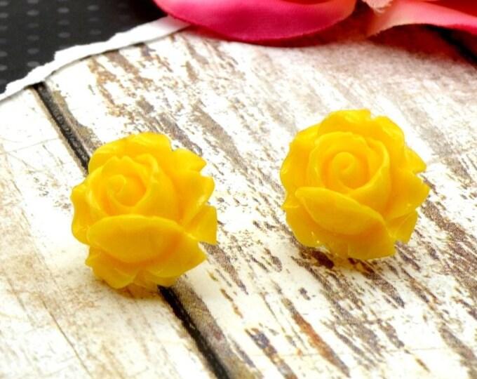 Everlasting Bloom - Yellow - Rose Stud Earrings