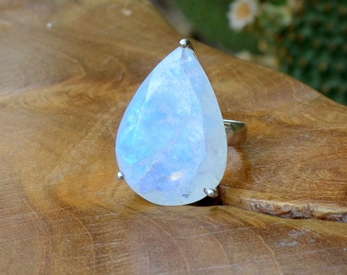 Heavenly Moonstone - Sterling Silver Ring, Size 7, 925, USA Seller, Genuine Stone, Teardrop Shape, Handmade Gemstone Ring