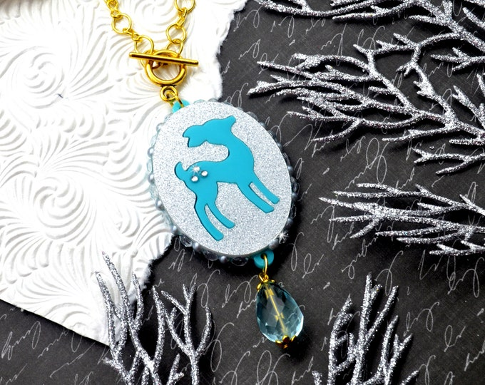Frosty Deer - Cameo Decoden Pendant Necklace