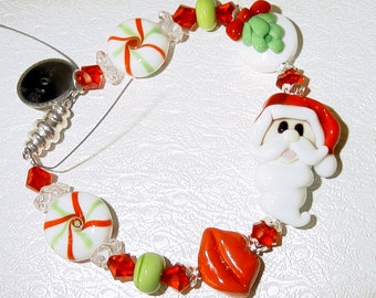 I Saw Mommy Kissing Santa Claus Lampwork Christmas Bracelet SRAJD