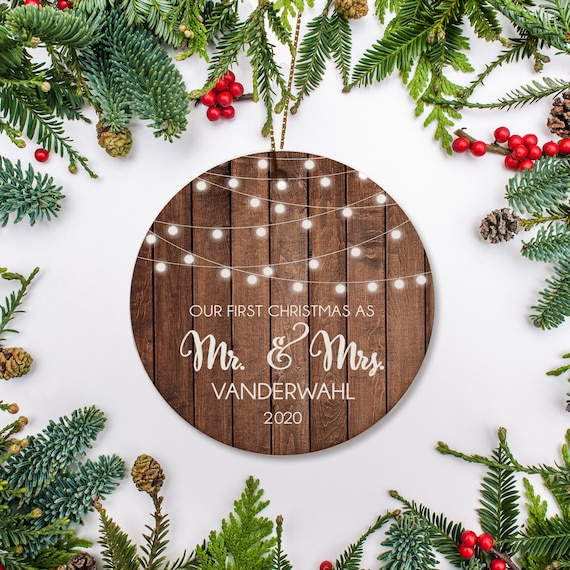 Personalized Christmas married ornament Christmas tree ornament Wedding Just married ornament Wedding ornament Mr and Mrs ornament