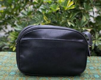 b1ec553940ef Vintage Coach Black Camera Lunch Box Leather Purse Crossbody USA Made