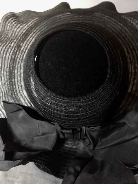 Vintage 30's Large Nylon Mesh Picture Hat, Sun Ha… - image 4
