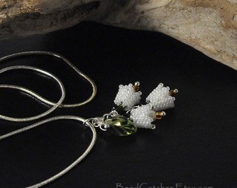 Lily of the valley beadwoven pendant