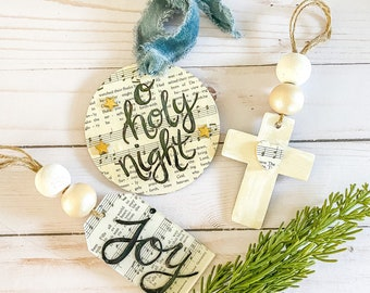 VINTAGE HYMNAL Christmas ornament set