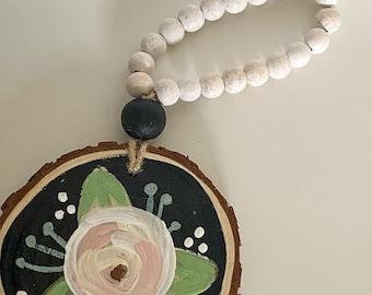 Floral chalkboard   / circle wall hanging / door hanging / coastal fall