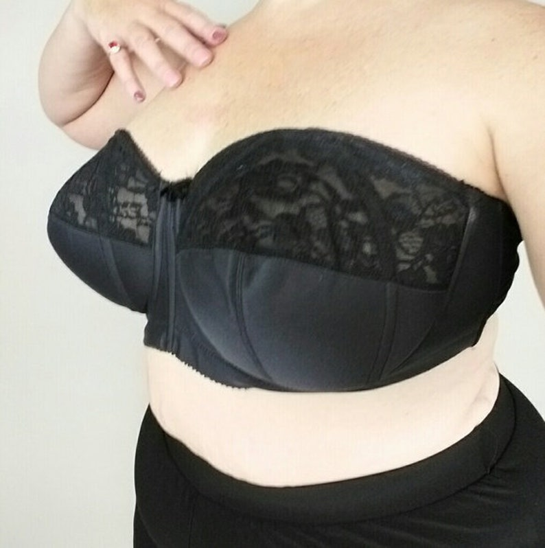 10829e53aeb4b Vintage goddess bra pinup strapless brassiere 46 C 46C pin up