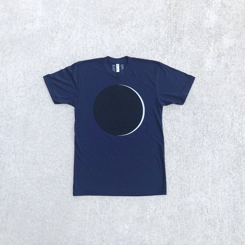 19fb7c596 Men's Full Moon Solar Eclipse T-shirt, Graphic Tees for Men, Outer Space  Screen Print Shirt, Unique Astronomer Gift for Him, Soft Style Tee