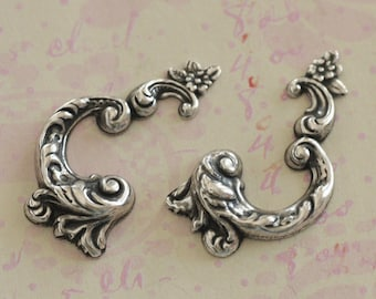 2 Silver Ornate Scroll Findings 2581