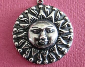 Large Silver Sun Charm 3469