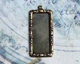 Antique Brass Frame Finding 1528