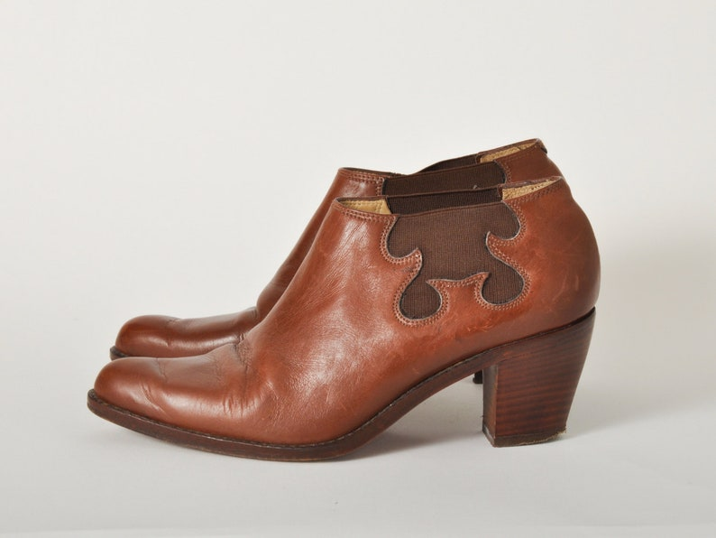Vintage Brown Leather Western Ankle Boots  Size 6 / Europe 36 image 0