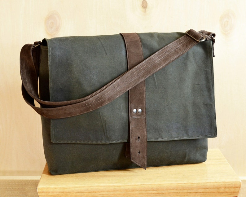 68cdb072813 Messenger Bag for Men Waxed Canvas Bag Minimalist Laptop   Etsy