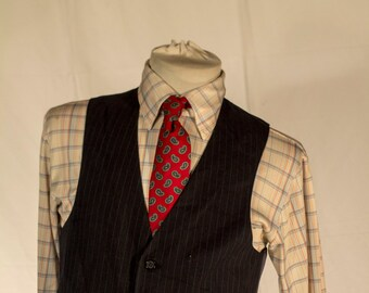 Men's Vest/Waistcoat / 38 Vintage Vest / Size Large  // #4006