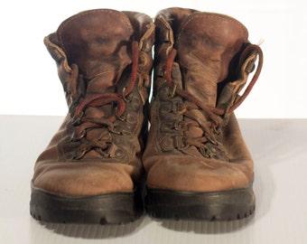 Men's Boots / size 9 - 10 // Vintage leather Boots //
