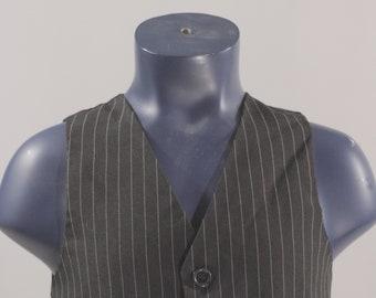 Boy's Suit Vest  / Vintage Black Plaid Waistcoat / Kid's Size 5 medium  #2505