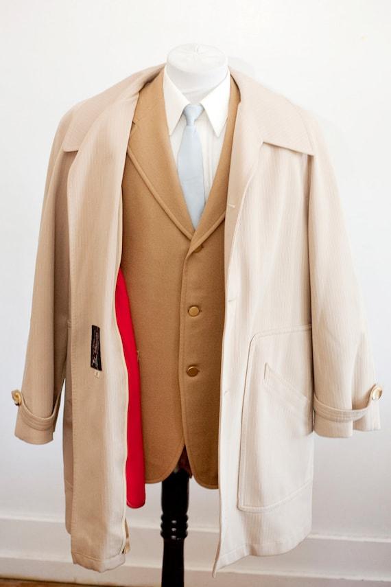 Men's Size 42 Beige Vintage Overcoat with Removab… - image 3