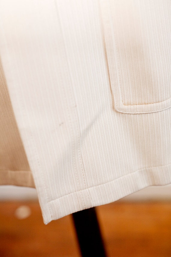 Men's Size 42 Beige Vintage Overcoat with Removab… - image 5