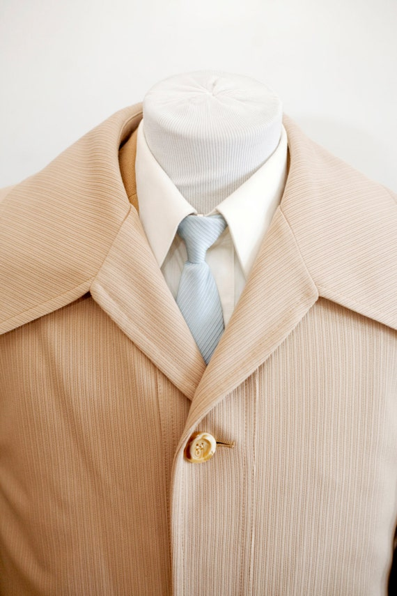 Men's Size 42 Beige Vintage Overcoat with Removab… - image 2