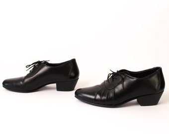 size 8 OXFORD black leather 80s 90s MINIMAL lace up high heel ankle boots
