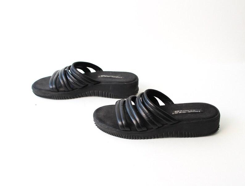 e50256928420 Size 9 PLATFORM black rubber 70s 80s STRAPPY SLIDES slip on