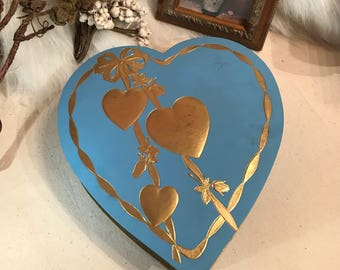Vintage 1950s 1960s Blue gold HEART Valentines day Cardboard Candy Heart Shaped Box