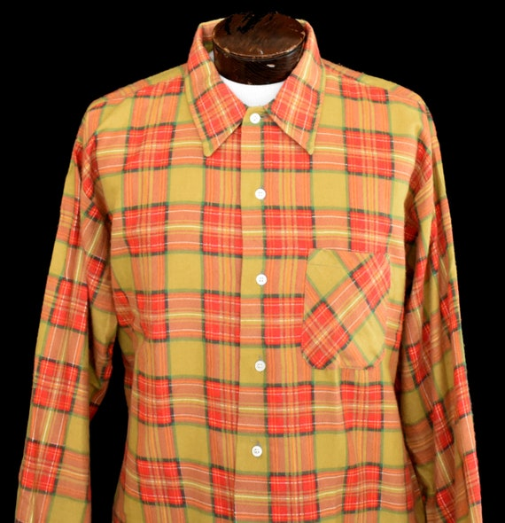 Unworn Vintage Boy/'s Shirt Child/'s 1950s 60s Brown Plaid Cotton Long Sleeve Button Down Shirt Gold Star Rockabilly sz 2 chest to 21 in.