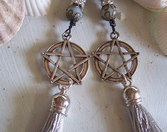 Romantic Grey Tassel Pentagram Earrings