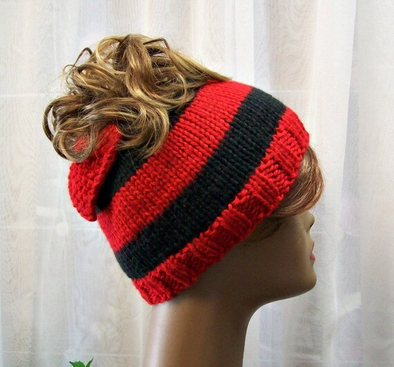 aa6c51e945e Black   Red Messy Bun Hat with Bow Messy Pony Tail Removable