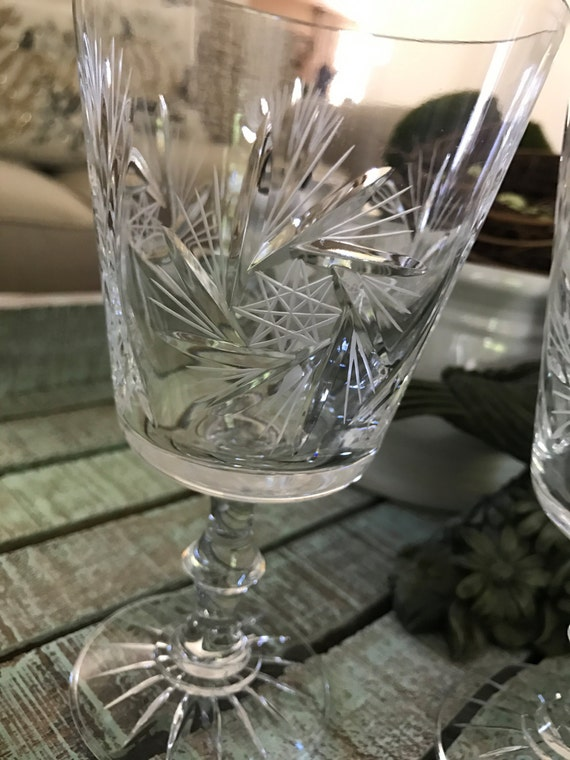 Two Simply Elegant Pinwheel Star Cut Crystal Wine Glass Or Etsy