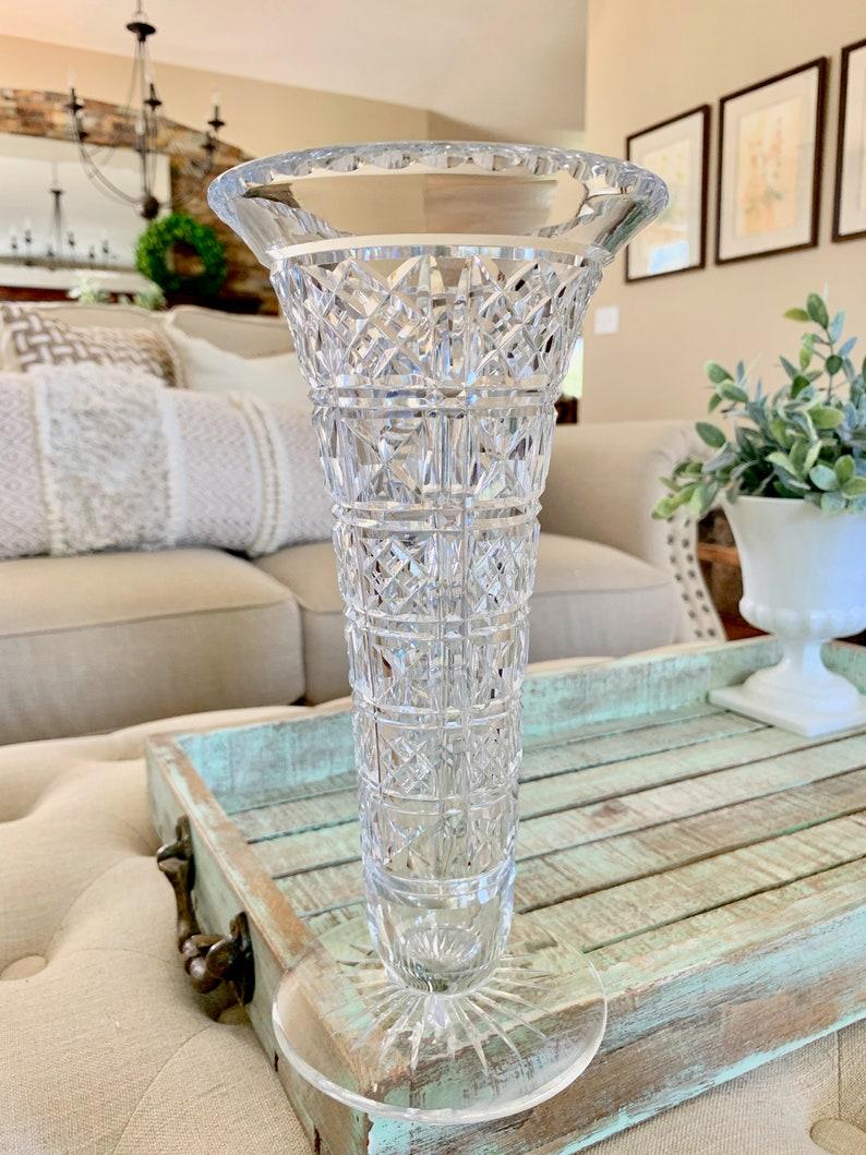 Scotland Crystal Cut Vase Criss Cross Cut Vertical Horizontal Cut Lines Rarely Available E /& L Marking TYCAALAK Edinburgh Leith Glass Co