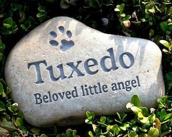 Pet memorial stone - Custom Engraved Pet loss gift
