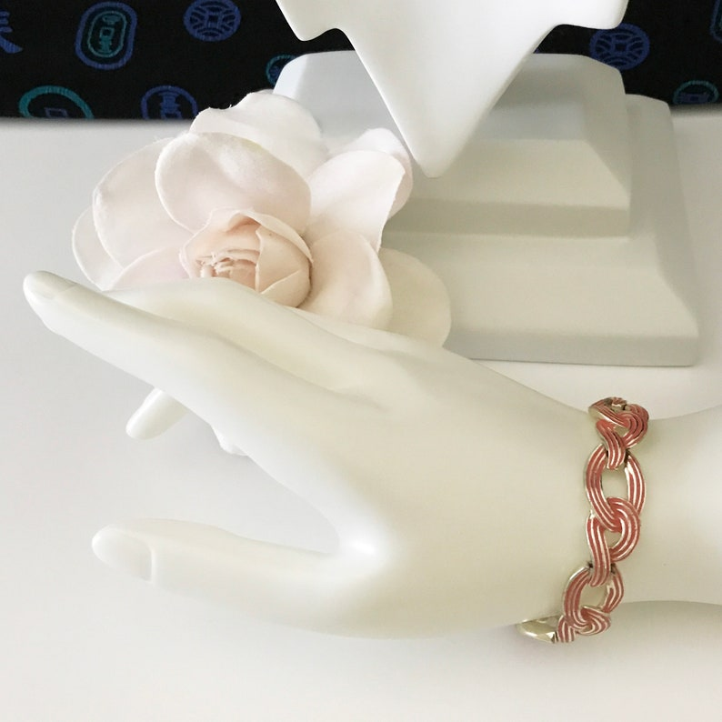 Vintage Signed MARVELLA Ribbon Stripe Enamel Groove Open Link Choker Bracelet Set Gift for Her Light Gold Tone 50s Red Pink Peach Tones