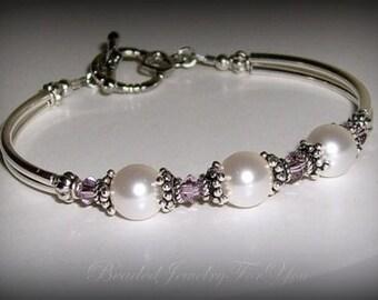 FOUR Bridesmaid Bracelets: Bridesmaids Pearl Bracelet, Bridesmaid Wedding Jewelry, Wedding Bridal Jewelry, Bridal Party Gift